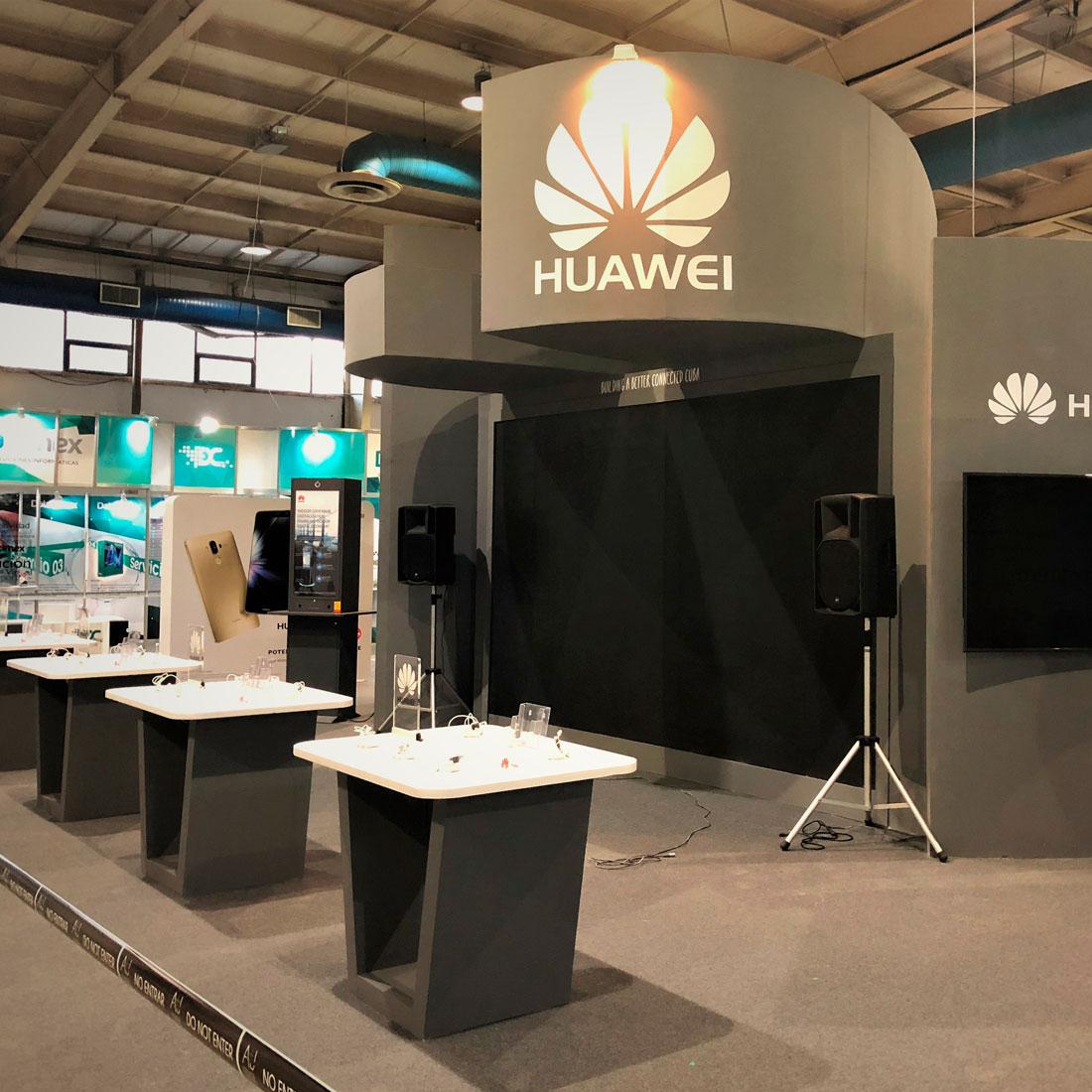 Stand para empresa de telefonía Huawey, diseño y montaje