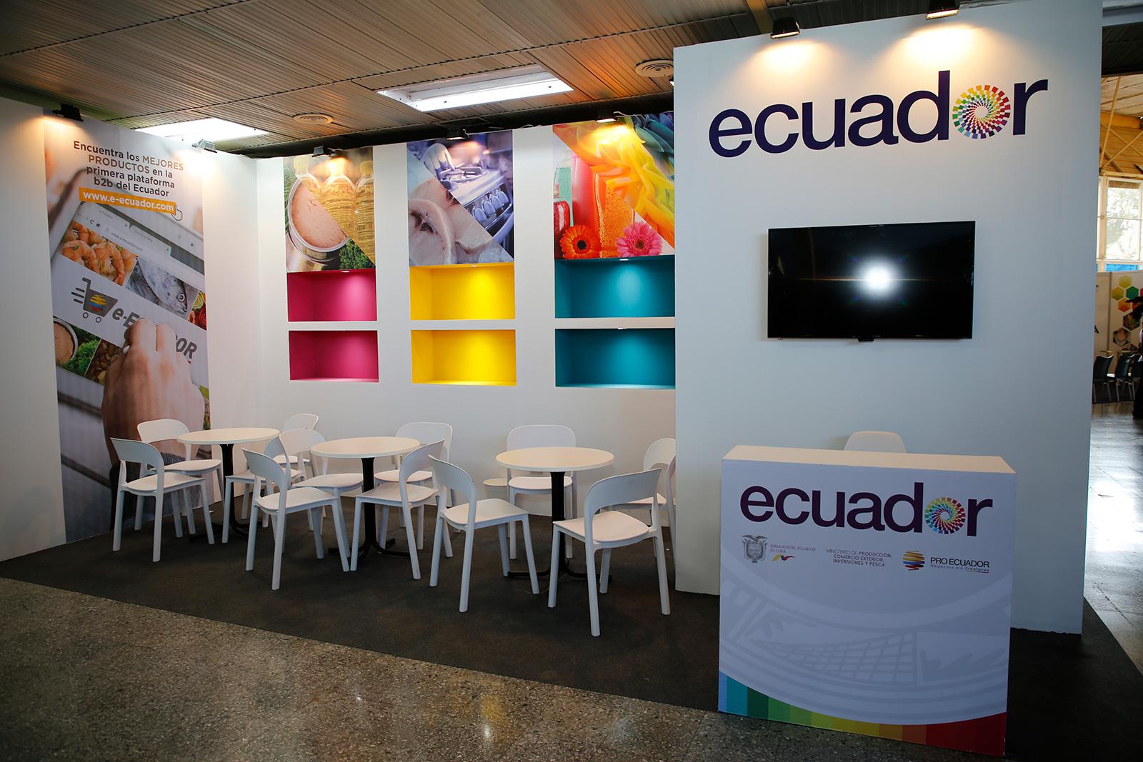 AmasJ montaje de stands ecuador